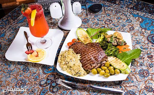 رستوران بین المللی سیمرغ ویژه صرف ناهار یا شام لذیذ و خوشمزه در محیطی لوکس و زیبا تا ۵۰% تخفیف